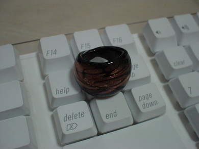 300808_glass_ring.jpg