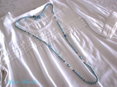 300811_bluenecklace3.jpg