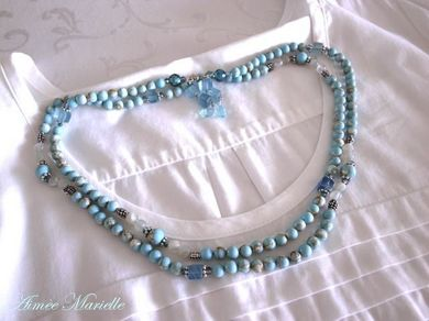 300811_bluenecklace4.jpg