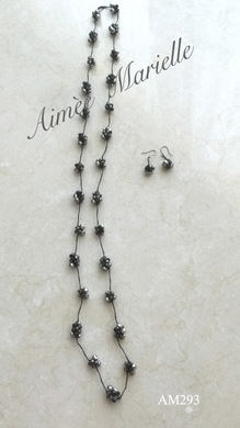AM293_stationnecklace_black.jpg